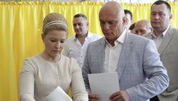 Лидер партии «Батькивщина» проголосовала на выборах в Днепропетровске