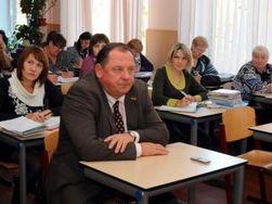 Украина: прокуратура назвала виновных в бегстве ректора Мельника