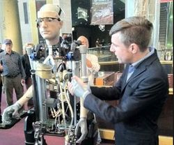 Инвестиции в технологии: представлен биоробот с человеческими органами