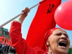Порошенко может ветировать закон о запрете коммунизма