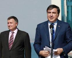 Почему после драчки Авакова с Саакашвили не последует отставок