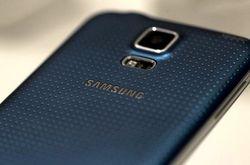 У смартфона Samsung Galaxy Alpha новыйн дизайн и подержка LTE-А