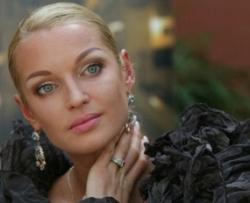 Слухи шоу-бизнеса: Волочкова рассказала в соцсети о своем новом знакомом