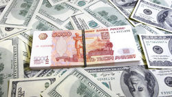 78 процентов россиян говорят, что курс рубля влияет на их жизнь