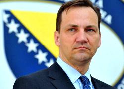 Европе нужно жестче реагировать на агрессию РФ против Украины – Сикорский