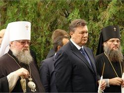 СМИ гадают, в каком храме Украины Янукович помолится на Пасху