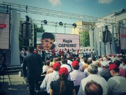 Юлия Тимошенко уступила первый номер в списке «Батькивщины» Надежде Савченко