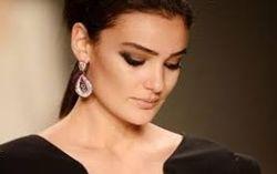 Красивейшей девушке Турции вынесли приговор за пост об Эрдогане