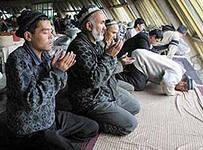 В Турткуле усиливается давление на верующих