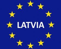 Латвия вступает в еврозону без согласия граждан – Медведчук