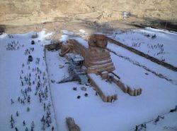 В Египте впервые за 115 лет засыпало снегом Каир и пирамиды