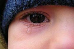 В Украине горе-родители пытались продать дочь за 72 тысячи гривен