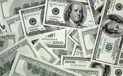 Курс доллара на Forex начал неделю со снижения к мировым валютам