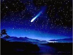 Комета ИСОН теряет частицы ядра