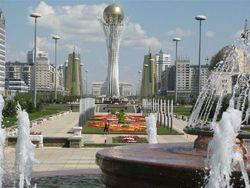 Рядовых граждан Казахстана возмутили новые зарплаты депутатов
