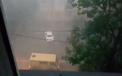Ураган с градом повредил более 70 зданий в Грозном