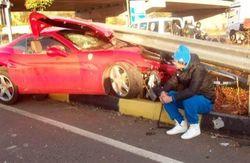 Милевский в топе СМИ Турции: пьяный футболист разбил Ferrari