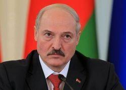 Лукашенко ответил на угрозу Медведева повысить цены на газ