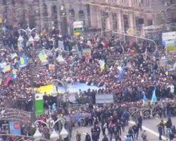 На Евромайдане огласили меню праздничного угощения на Сочельник