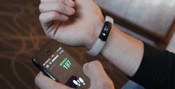 SmartBand от Sony «сотрудничает» с различными смартфонами на Android
