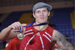 Братья Кличко инвестируют в перспективного Александра Усика