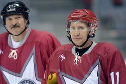 Навстречу Сочи-2014: Путин с Лукашенко сыграли в хоккей на главной арене Олимпиады