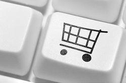 Украинские магазины разоряются, не выдержав конкуренции онлайн-торговли – эксперты