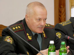 Крым сдали бюрократы – экс-главком ВСУ В. Замана