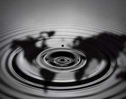 Обвал цен на нефть провоцирует теории заговора