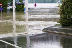 Наводнение в Западной Вирджинии унесло жизнь 20 человек