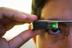 Очки Google научат показывать голограммы