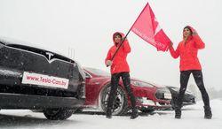 Белорусским автолюбителям объяснили, как управлять электрокаром Tesla зимой