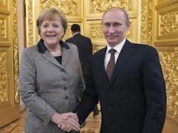 Меркель обсудит с Путиным судьбу Украины