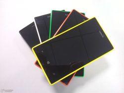 На «живых» фото засветился смартфон Nokia Lumia 830