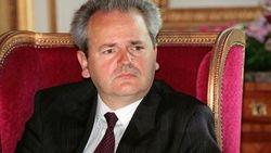 В информационной войне против Украины Путин копирует Милошевича