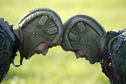 Каждый четвертый белорус готов защищать Родину в случае агрессии РФ – опрос