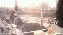 В Узбекистане учащихся колледжа заставляют строить образцовые дома