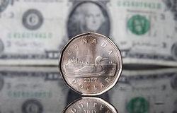 Курс доллара снижается к канадцу на 0,01% на Форекс перед выходом Nonfarm Payrolls