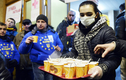 Митингующие подняли выручку фастфудов в центре Киева вдвое
