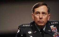 Трамп видит главой Госдепа уволенного со скандалом экс-главу ЦРУ