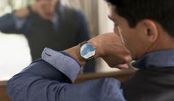 ASUS работает над бюджетными часами на Android Wear