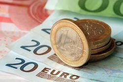 В четверг возобновился рост евро