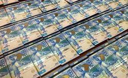 Тенге укрепился к фунту и остался без изменений по отношению к японской иене