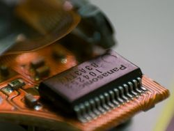 О совместной разработке микрочипов договорились Panasonic и Fujitsu