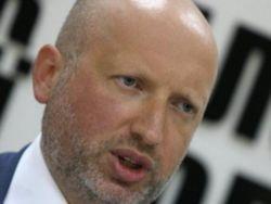 Турчинов допустил введение на Донбассе военного положения