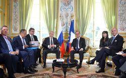 Встреча Путина и Олланд прошла в Париже без журналистов