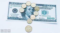 Приватбанк остановил обмен долларов: реакция курса гривны на Форексе