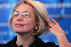 Янукович еще в Украине, - Анна Герман