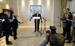 Кремль зря надеется на снятие санкций Запада за Донбасс – СМИ