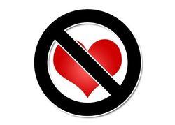 """В Узбекистане предлагают не праздновать """"тлетворный"""" День святого Валентина"""